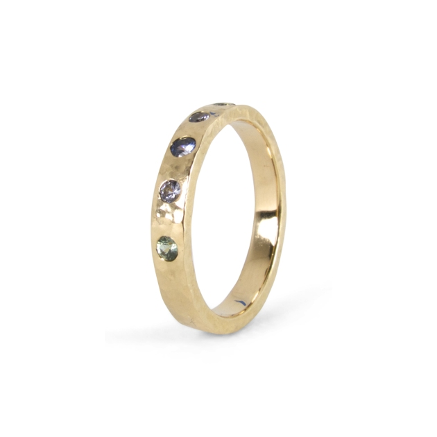 multicolor-sapphire-hammered-band-2
